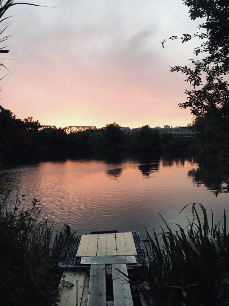淀川のワンドから見た夕焼け