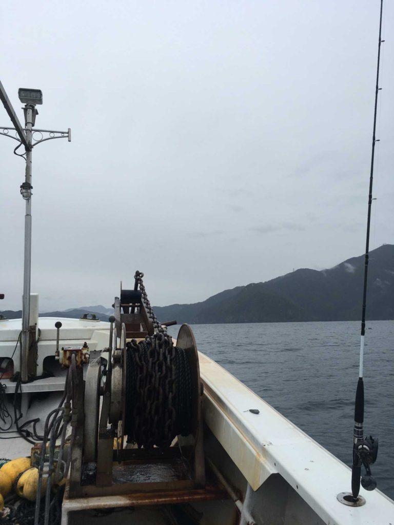 釣り船からの若狭湾の景色