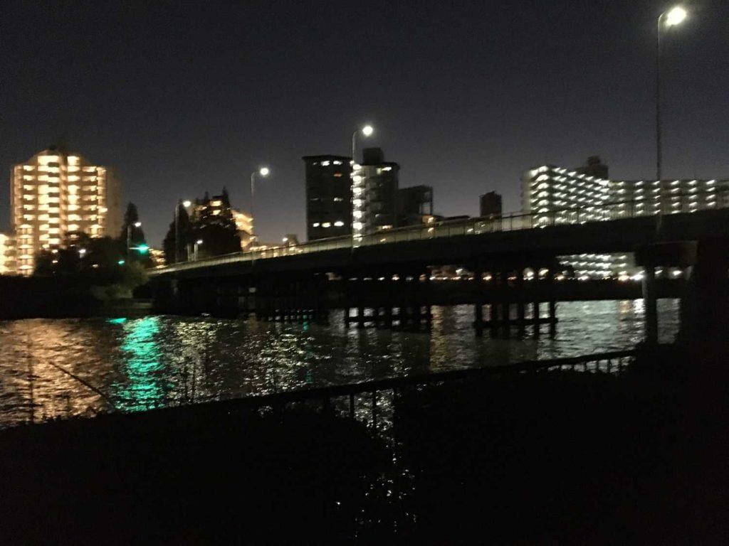 神崎川の夜