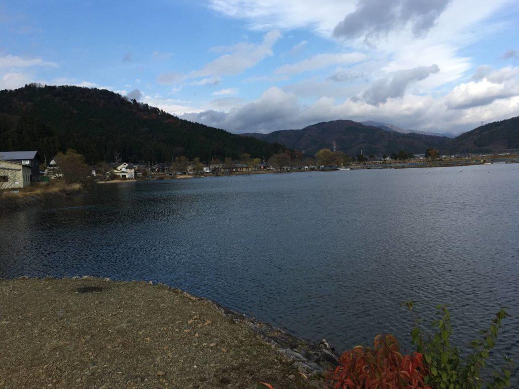 余呉湖北部からの景色